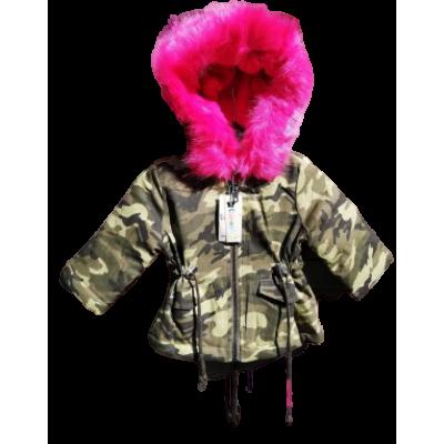 Army print met roze bond winterjas