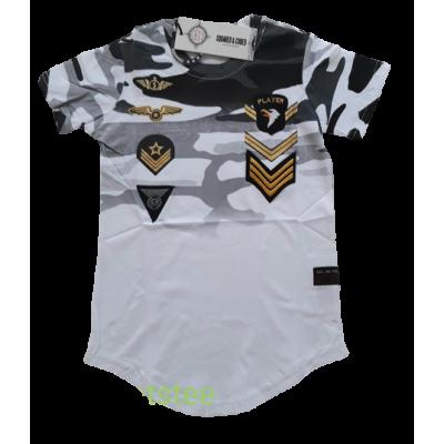 leuk trendy shirt met army print