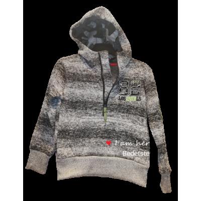 zwart met grijs en groene warme sweater